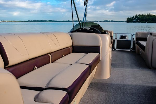 boat-rentals-for-large-groups